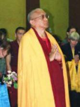 Лекция ламы Сопа Ринпоче в Санкт-Петербургском Буддийском Храме 31 мая 2003 г